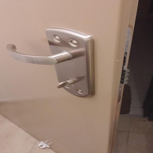 פורץ דלתות בקרית אונו